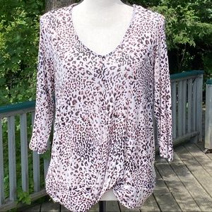 ANTHROPOLOGY /W5 leopard print long sleeve shirt.